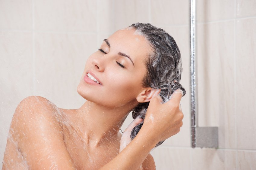 washing thinning hair